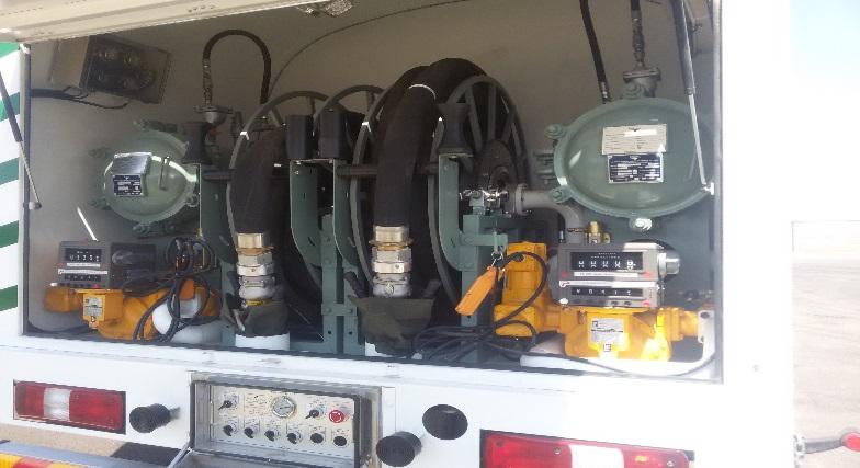 Парк подвижных средств заправки состоит из топливозаправщиков, изготовленных по специальному заказу из Южной Кореи в автоконцерне HYUNDAI. Такой акцент сделан из-за того, что производители спецтехники из Южной Кореи придерживаются европейским стандартам качества. Следует заметить то, что в топливозаправщиках были использованы те же системы, что и в модульных станциях налива, например: фильтрэлементы - также от мирового лидера по производству фильтров «Velcon»